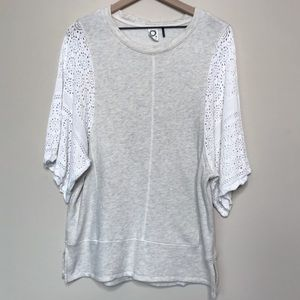 Anthropologie | Akemi + Kin Lace Sleeve Tunic Top